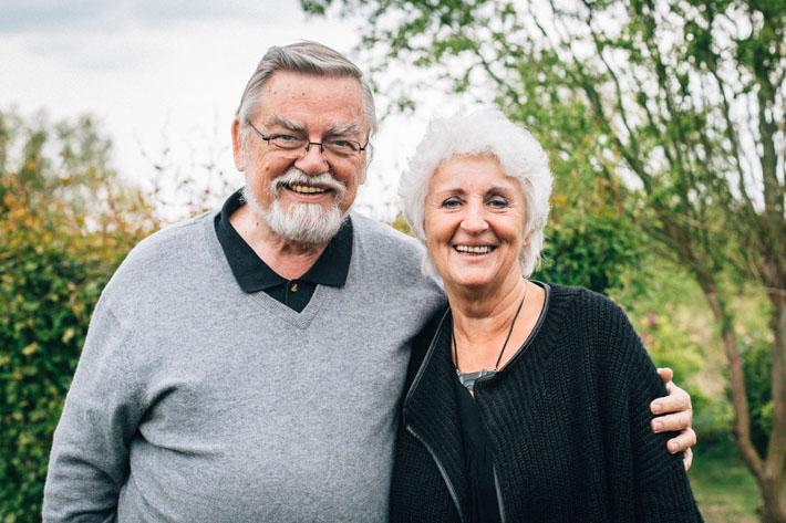 Die Chorleiter Sabine Bauer und Manfred Wipler